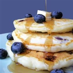 Todds-Famous-Blueberry-Pancakes